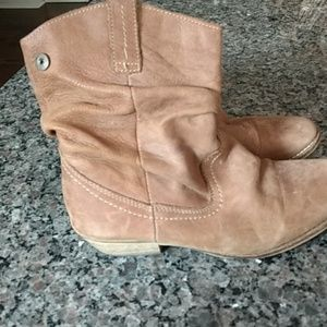 Steve Madden low cut cowgirl boots